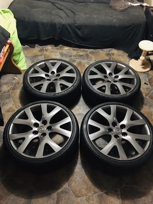 Wheels cx7 5x114 tires new 215/35/18 $400 o que hay for Sale in Reading, PA