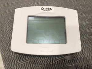 Honeywell WiFi TH8320UP 7 day Programmable Touchscreen Thermostat for Sale in Laurel, MD