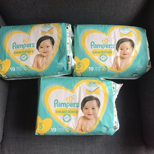 Pampers Swaddlers Size 5 for Sale in Santa Ana, CA