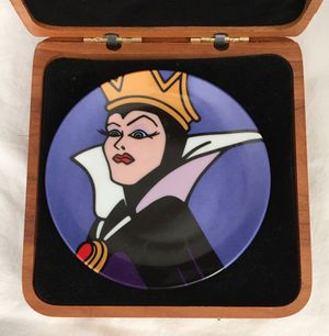 Brenda White disney villains Snow White EVIL QUEEN miniature charger plate - new in box for Sale in Santa Ana, CA