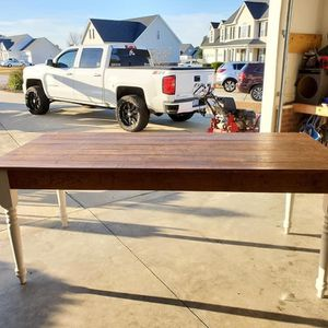Custom Table And Chairs for Sale in Garner, NC