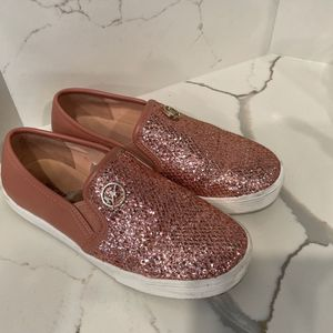 Michael Kors Girl Shoes Size 1 Fit Like 2 for Sale in Stockton, CA