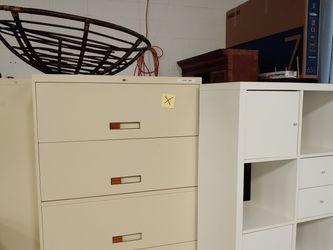 Large 36 inch, 5 drawer Metal File cabinet for Sale in Lorton,  VA