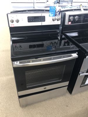 Ge Stainless steel Electric Range on sale for Sale in Norcross, GA
