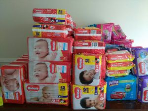 Huggie Diapers for Sale in Lithonia, GA