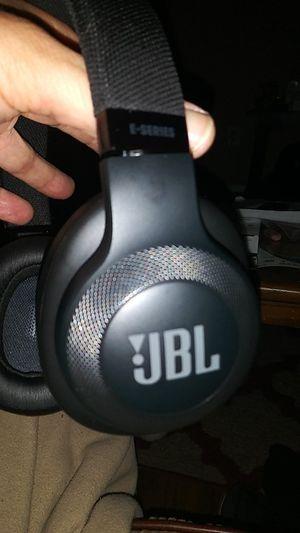 JBL WIRELESS HEADPHONES for Sale in Wichita, KS