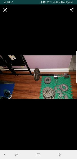 Benach bar and weights for Sale in Houston, TX
