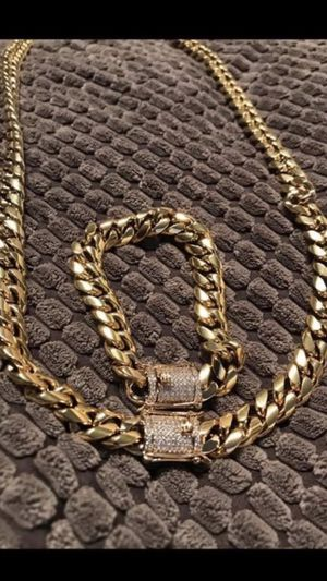 14k gold bonded Miami Cuban necklace and bracelet set, PVD high quality plating on pure stainless steel metal!! Not mixed !! chain and bracelet. We d for Sale in Washington, DC