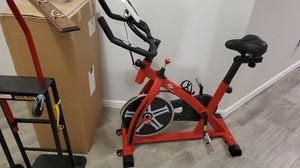 Go plus stationary bike for Sale in Saginaw, TX