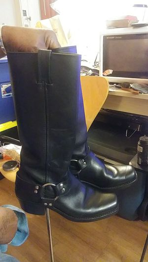 Frye boots size 8 for Sale in San Dimas, CA