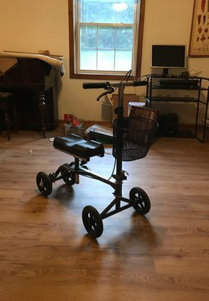 Vive Health Knee Walker Steerable Leg Scooter w/basket for Sale in Forest, VA