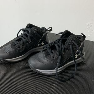 Under Armour Basketball Shoes - 11K - $10 for Sale in Mill Creek, WA