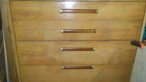 Blond antique dresser for Sale in Wichita Falls, TX