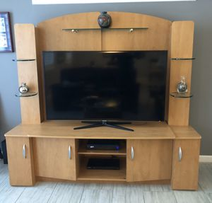 Entertainment center with storage for Sale in Oakland Park, FL