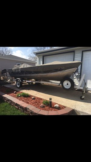 Boat with trailer for Sale in Sioux Falls, SD