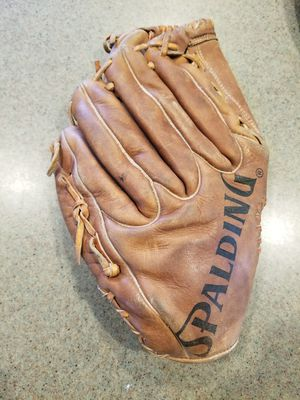 """12"""" Spaulding baseball softball glove broken in for Sale in Norwalk, CA"""