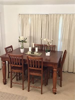 Country Rustic Table 6 Chairs for Sale in Norwalk, CA