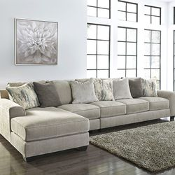 NEW, LARGE, L SHAPPED, LAF CORNER CHAISE SECTIONAL, PEWTER COLOR. for Sale in Santa Ana,  CA