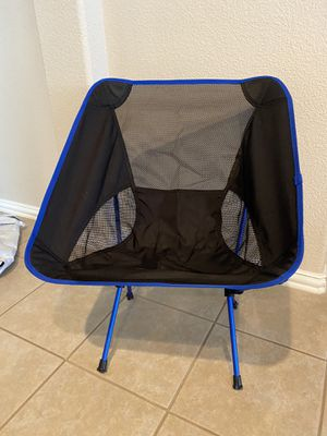 Ultra portable folding camp chair (2 available) for Sale in Mansfield, TX