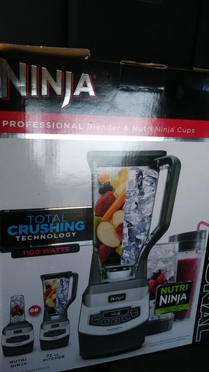 Ninja blender & Bissell power cleaner for Sale in Fresno, CA