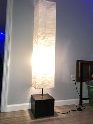 Floor Lamp for Sale in Bridgeport, CT