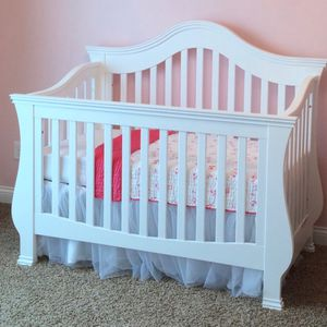 Crib and dresser/changing Table Combo for Sale in Blaine, MN