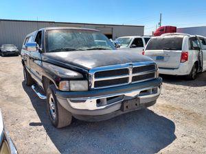 1999 DODGE RAM 1500* V8* IT RUNS AND DRIVES GOOD* CLEAN TITLE* 180 000 MILES* SE HABLA ESPAÑOL* for Sale in Las Vegas, NV