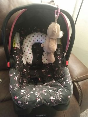 Car seat for Sale in Tulsa, OK