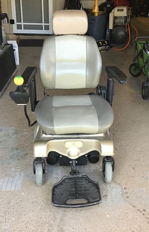 Legend Liberty Motorized Wheel Chair for Sale in Garden Grove, CA