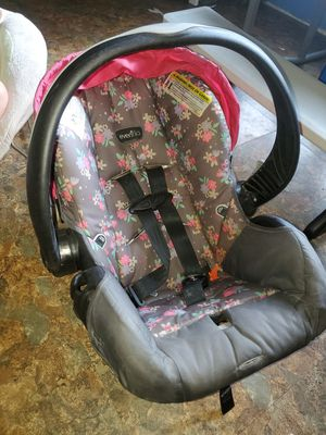 Graco girl infant car seat no base for Sale in Brooksville, FL