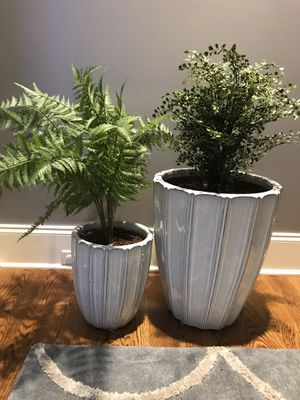 TWO large ceramic planters for Sale in Franklin, TN