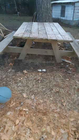 Pinic table for Sale in Raleigh, NC