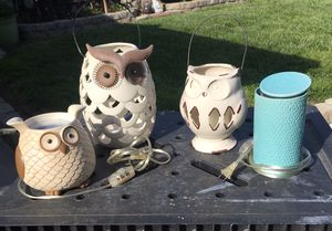 Home Decor 2 Gold Canyon Scent Warmers & 2 Hoot Owls for Sale in Pomona, CA