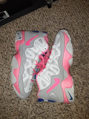 Size 5y nike scottie Pippins 9\10 condition no OG box for Sale in Everett, WA