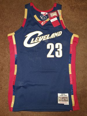 Hardwood Classic/ Mitchell & Ness Lebron James Cavaliers Jersey for Sale in West Hollywood, CA