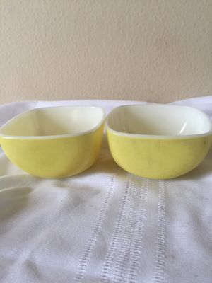 Pyrex Two Yellow Bowls for Sale in San Francisco, CA