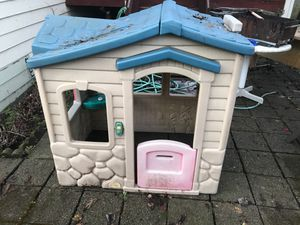 Toy house need gone 5 dollars for Sale in Marysville, WA