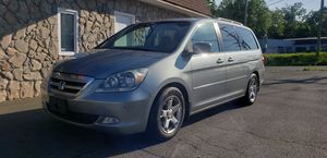 05 Honda odyssey Touring TV DVD 3RD ROW for Sale in East Hartford, CT