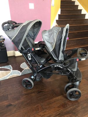 Baby trends sit n stand double stroller for Sale in Irving, TX