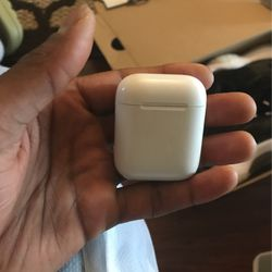 AIRPOD CASE GEN 2 for Sale in Fort Washington,  MD
