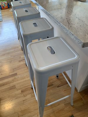Indoor/Outdoor white stool for Sale in Seattle, WA