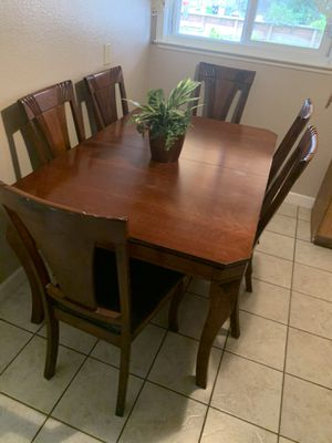 Wooden kitchen table for Sale in Pleasant Hill, CA