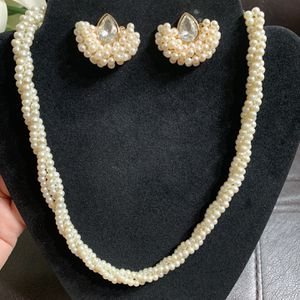 beautiful pearl . handmade necklace set. for Sale in Arlington, VA