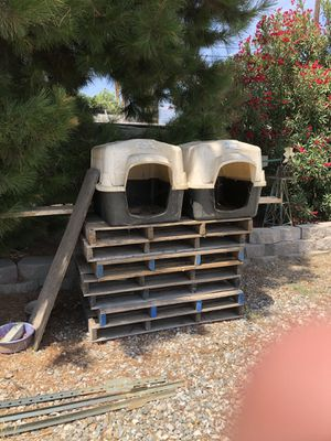 Dog houses for Sale in Chino, CA