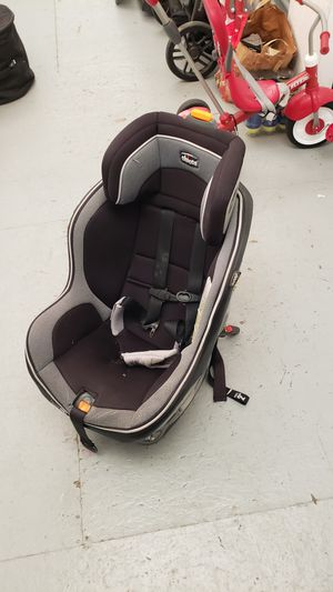 Chicco NextFit Zip Convertible Car Seat for Sale in Arden-Arcade, CA