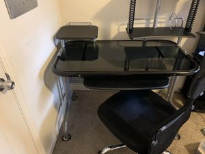 Desk & Chair for Sale in Herriman, UT