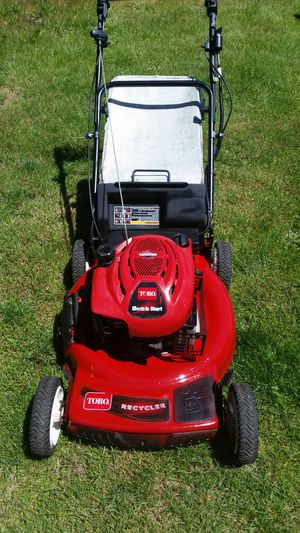 TORO RECYCLER REAR DRIVE 7 HP BRIGGS KEY START MODEL WITH BAG AND MASSIVE MULCHING BLADE AND PERSONAL PACE MOVEMENT for Sale in Marysville, WA