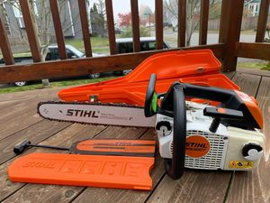 """STIHL MS 200T PROFESIONAL TOP HANDLE ARBORIST CHAINSAW 16"""" WITH BAR COVER,& CASE, EXCELLENT CONDITION for Sale in Lake Stevens, WA"""