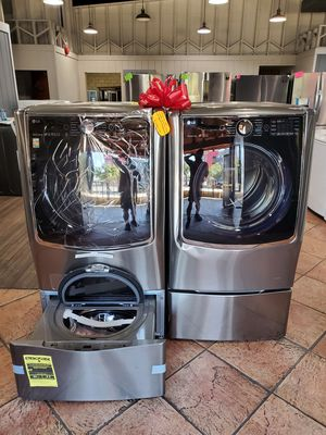 Beautiful LG 5.2cu.ft washer and GAS 9.0cu.ft dryer TODAY ONLY $2100 for Sale in Etiwanda, CA