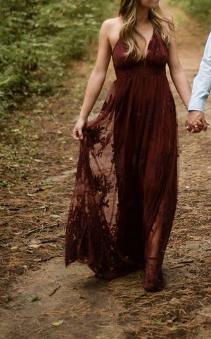Maroon maxi dress for Sale in Rochester, MN